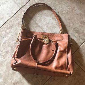 Michael Kors purse/tote crossbody